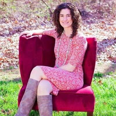 Lindsey Nieman, RDN LD LMFT CLT